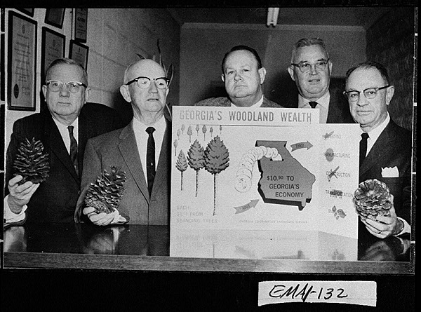 Photograph of a group of bankers interested in promoting the forest industry in Emanuel County, Swainsboro, Emanuel County, Georgia, 1952